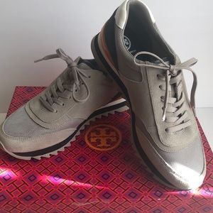 EUC Tory Burch Sawtooth Logo Sneakers